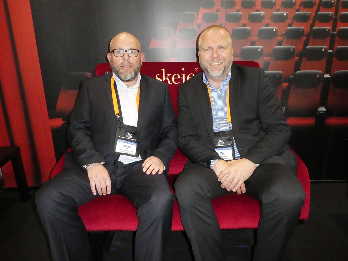 Runar Lien, operativ sjef og Knut Godal, salgs- og markedssjef i Skeie Seating AS. Foto: John Berge, KINOMAGASINET