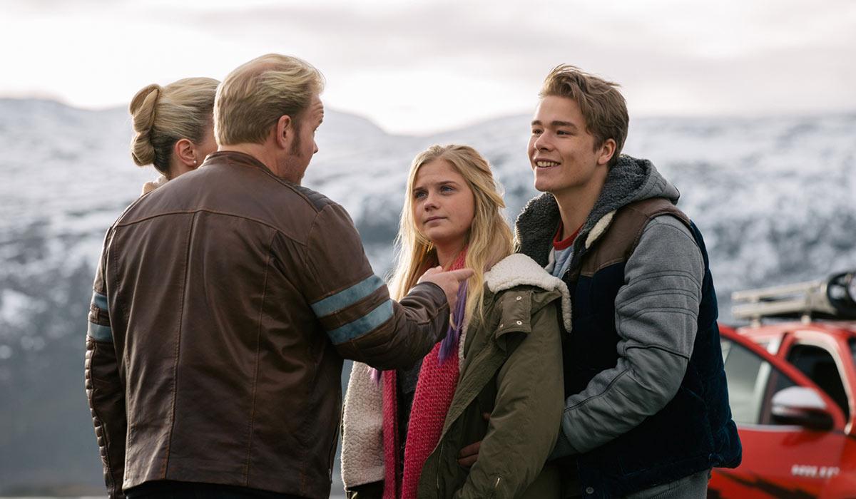 PROBLEMER: Roy (Anders Baasmo Christiansen) er ikke bare blid på datteren Nina (Ida Husøy) sin nye kjæreste Charley (Jonas Hoff Oftebro).